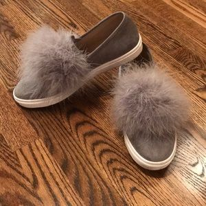 Steve madden gray suede slip on with fur puff sz8